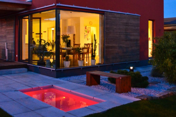 Tauchbecken & Minipool mit Filter und LED-Beleuchtung