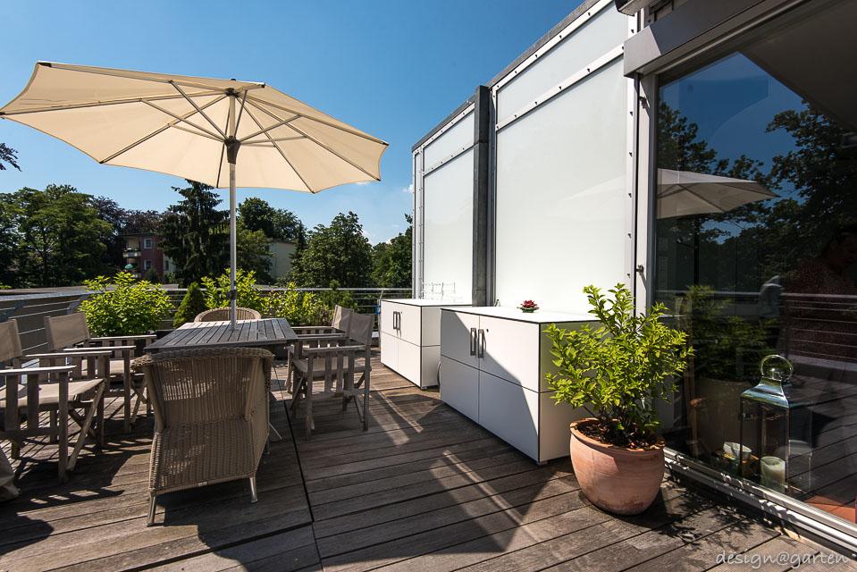 Wetterfeste Schränke Balkon : wetterfester gartenschrank f r terrasse oder balkon ~ Pilothousefishingboats.com Haus und Dekorationen